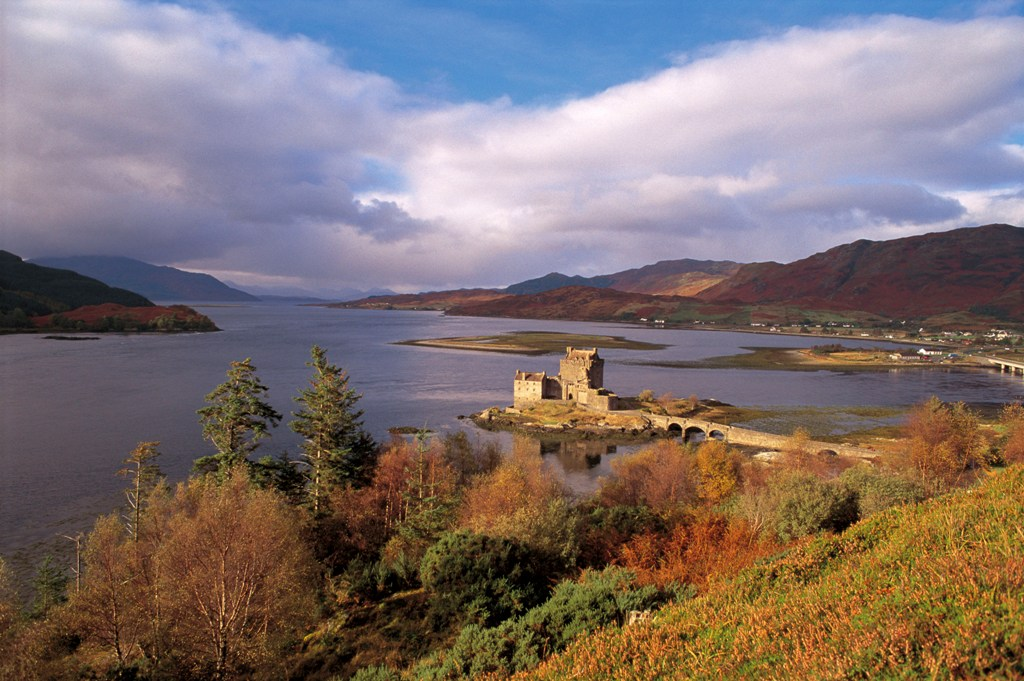 Journal à lettres | POWELL Highlands_ouest_-_eilean_donan_castle_-_loch_duich_c_visit_scotland