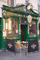Pub Royal Mile Edimbourg Ecosse